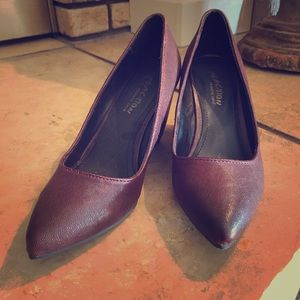 Kenneth Cole Maroon Wedges